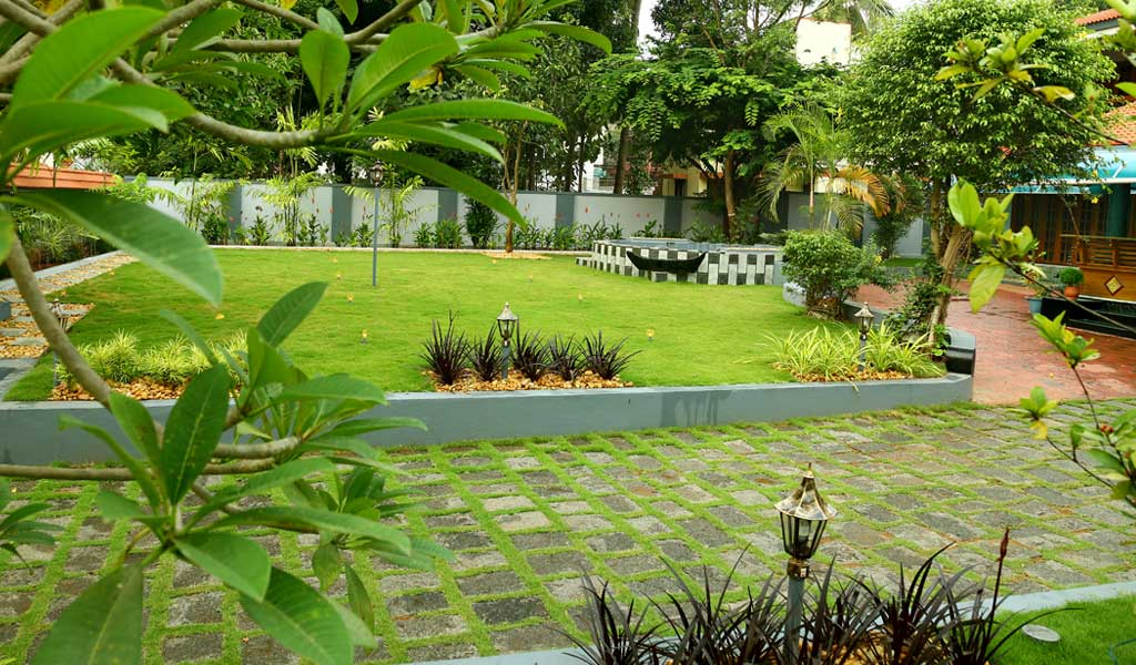 Green Planet Thrissur Kerala,Landscape Design ...